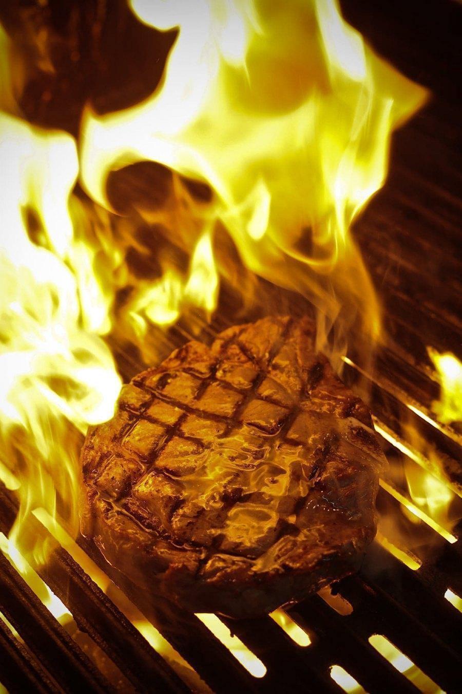 Boeuf Cochon, un Steakhouse- Bar à découvrir!